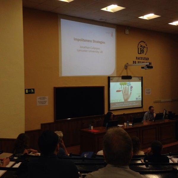 Photo taken at Facultad de Filología by Minna H. on 5/12/2014