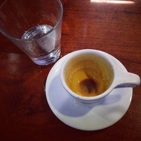 Photo taken at Avoca Coffee by Jimmy S. on 4/15/2014