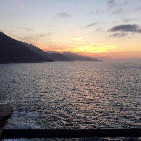 Photo taken at Le Kliff by Ale V. on 2/16/2016