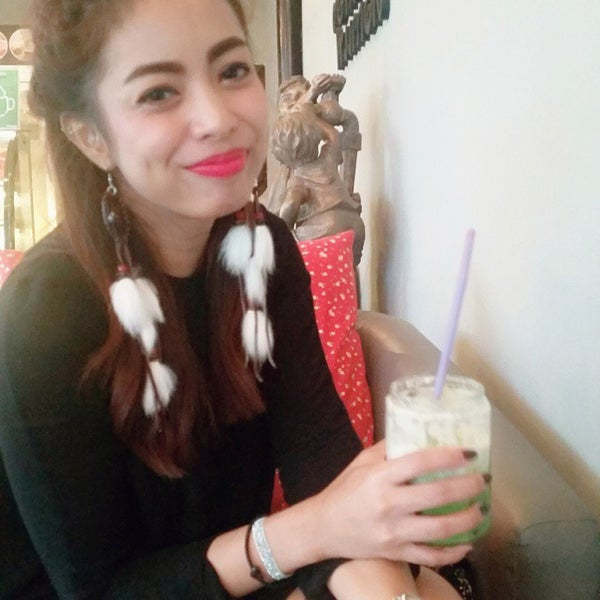 Photo taken at MR.COFFEE by Pʟ✪чsϋʀғ χ. on 10/23/2014