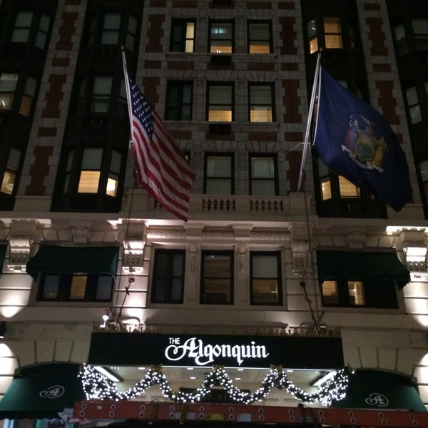 Photo taken at Algonquin Hotel Times Square, Autograph Collection by Fumio I. on 12/6/2013