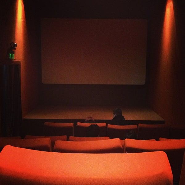 Photo taken at Cinemaximum by Çağlayan Z. on 1/29/2013