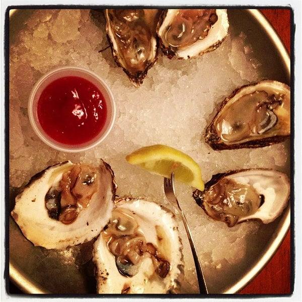 Harpoon larry 39 s fish house oyster bar central newport for Lawrence s fish and shrimp