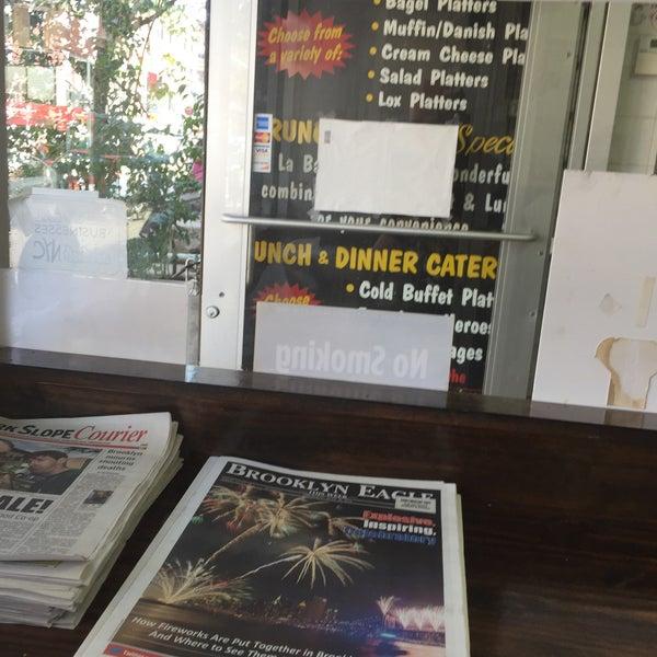Photo taken at La Bagel Delight by Scott Kleinberg on 7/20/2016
