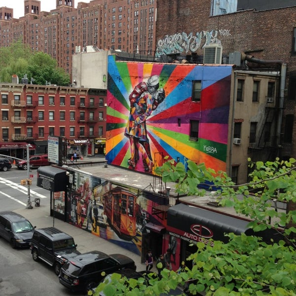 Photo taken at High Line 10th Ave Amphitheatre by Alan M. on 5/18/2013