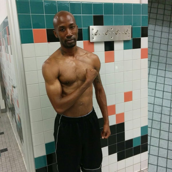 Photo taken at 24 Hour Fitness by Mba Dwayne A. on 6/22/2014