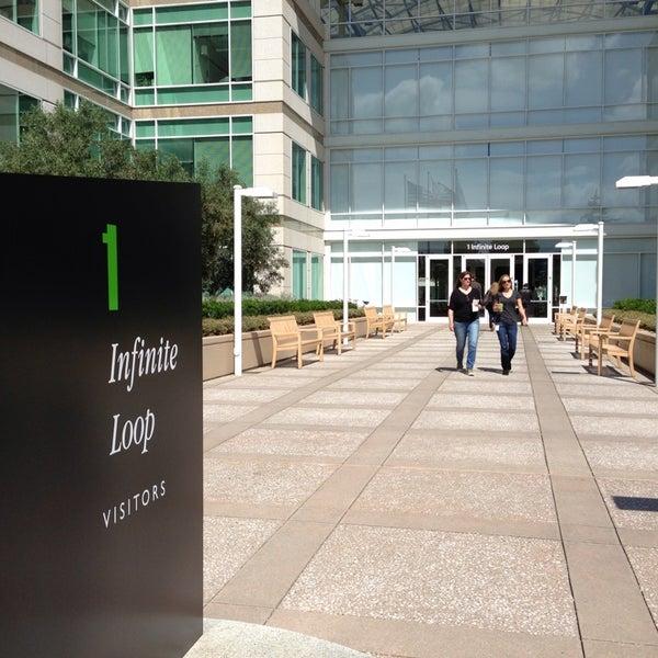 Photo taken at Apple Inc. by Misha B. on 5/16/2013