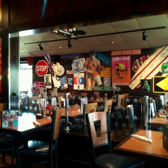 Photo taken at TGI Fridays by Michael M. on 9/30/2012
