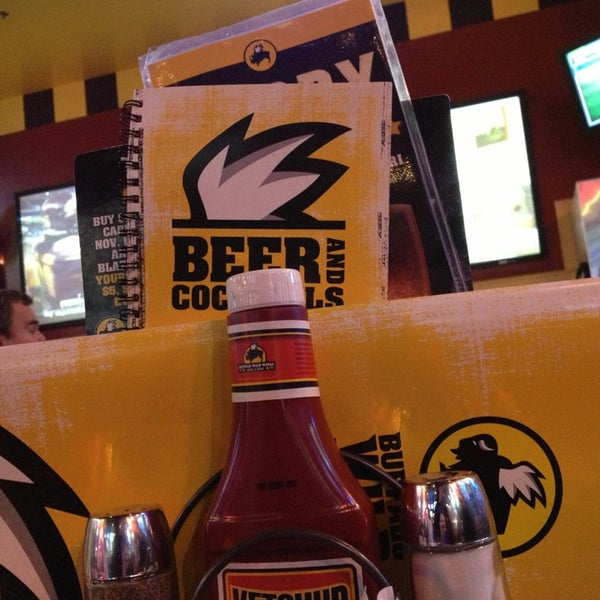 Photo taken at Buffalo Wild Wings by Matthew T. on 12/27/2012
