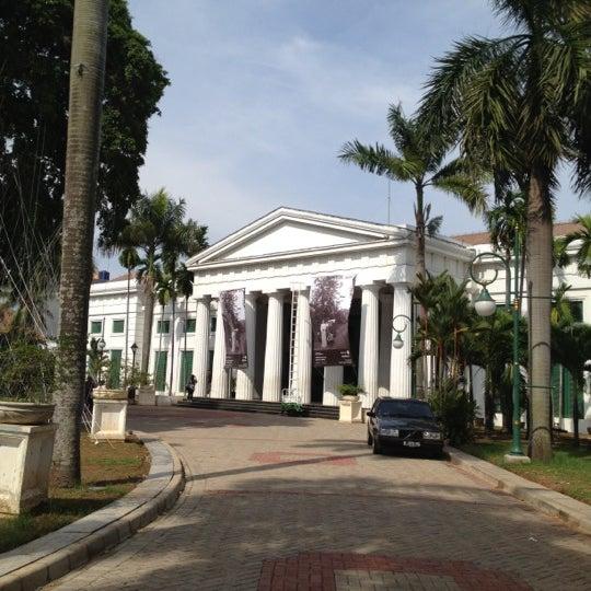 Photo taken at Museum Seni Rupa dan Keramik by Devi R. on 12/1/2012