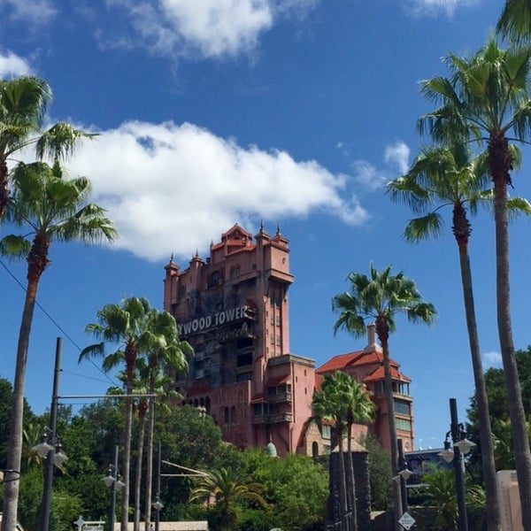 Photo taken at Disney's Hollywood Studios by Fatma on 6/5/2015