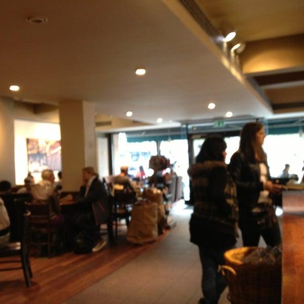 Photo taken at Starbucks by Dwight L. on 9/13/2013