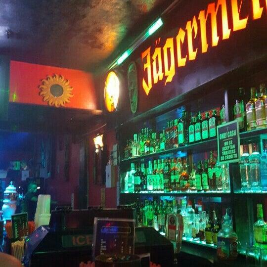 Photo taken at The Hidden Bar by Ruben Aldana S. on 5/7/2016
