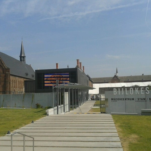 Photo taken at Stadsmuseum Gent | STAM by Roberta S. on 7/23/2013