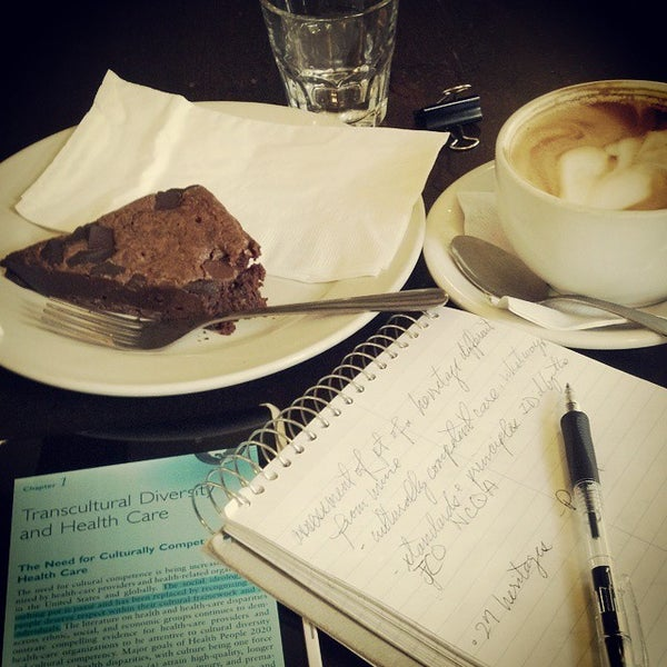 Photo taken at Tazza D'Oro Cafe & Espresso Bar by eye on 10/28/2014