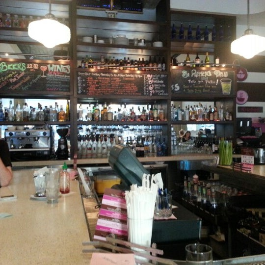 Kitchen24 central hollywood 1608 n cahuenga blvd for Kitchen 24 west hollywood