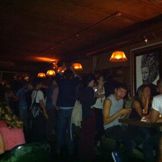 Photo taken at Hoxton Square Bar & Kitchen by Mariana L. on 8/28/2011