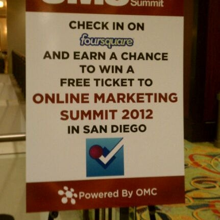 Photo taken at San Francisco Marriott Marquis by Ehs on 8/15/2011
