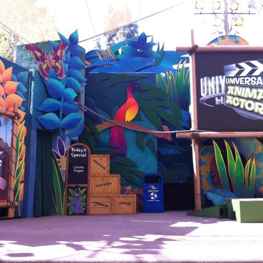 Photo taken at Universal's Animal Actors by Abbeygail A. on 5/29/2012