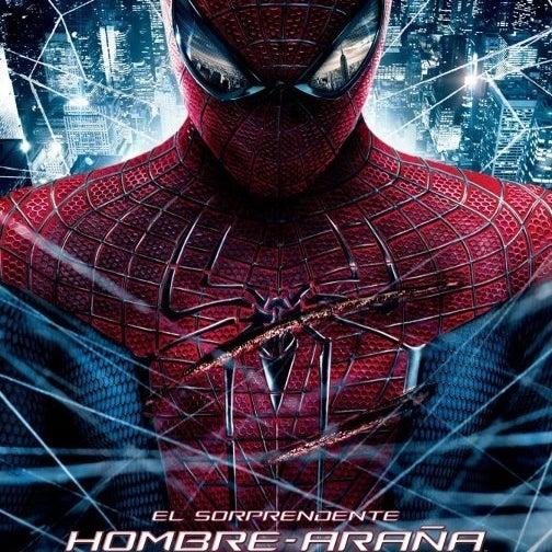 Photo taken at Nova Cinemas by Lesmes R. on 7/16/2012