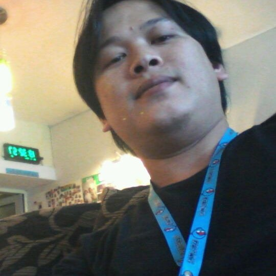 Photo taken at B-star-Music School by ณัฐพล ร. on 11/28/2011