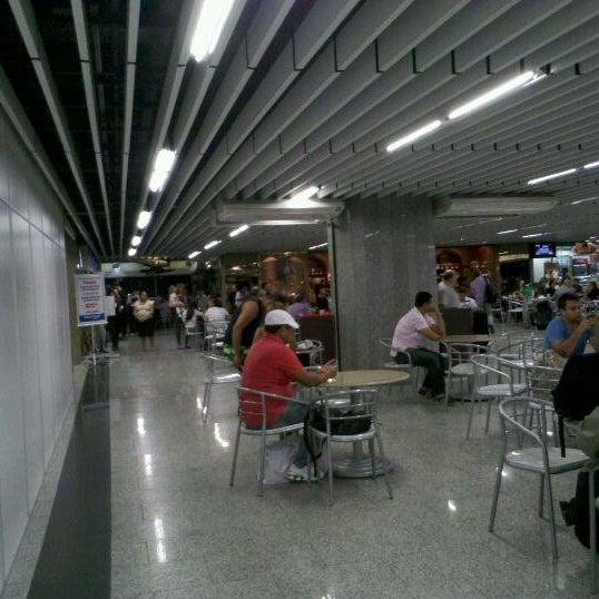 Photo taken at Air Café Palheta by Paulo M. on 4/17/2012