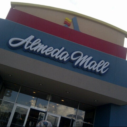 365 clothing store almeda mall
