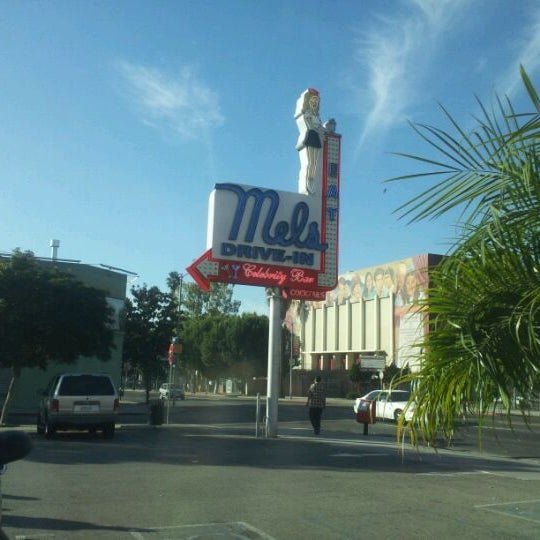 Photo taken at Mel's Drive-In by Johnny W. on 10/29/2011
