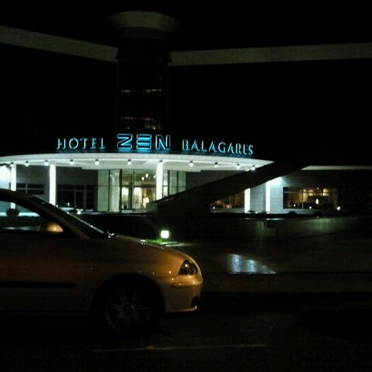 Photo taken at Hotel Spa Zen Balagares by JOSE ANTONIO S. on 11/5/2011