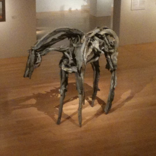 Photo taken at Palm Springs Art Museum by Jose I. on 12/16/2011