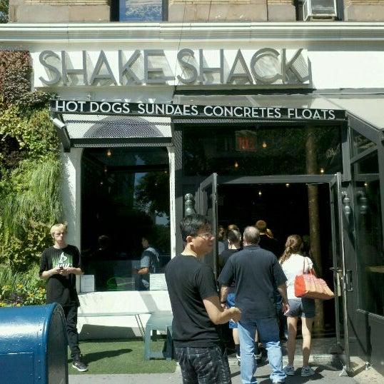 Photo taken at Shake Shack by Teresa A. on 8/31/2011
