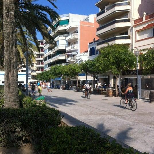 Photo taken at Platja de Calafell by LOKKILUCK L. on 7/31/2012