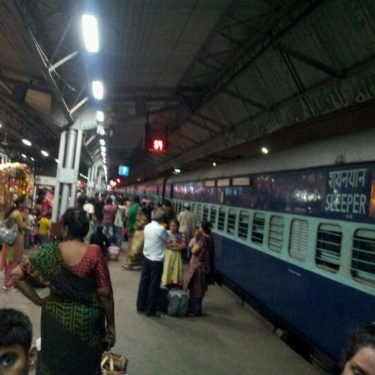 Photo taken at Dadar Railway Station by Hardeek P. on 4/29/2012