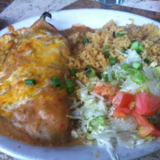 Photo taken at Nando's Mexican Cafe by Marjorie P. on 5/5/2012