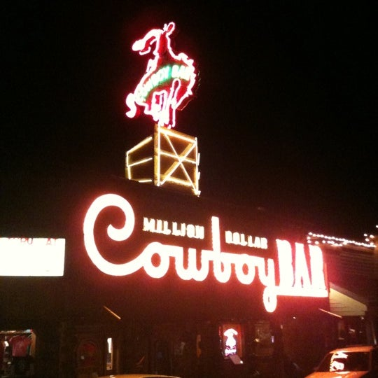 Photo taken at Million Dollar Cowboy Bar by Wheels Of Italy on 9/13/2011
