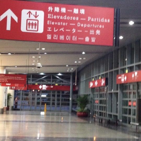 Aeroporto Internacional De Macau : Ffq uetc gsds og c mhbsga l o cp mymd ofes g