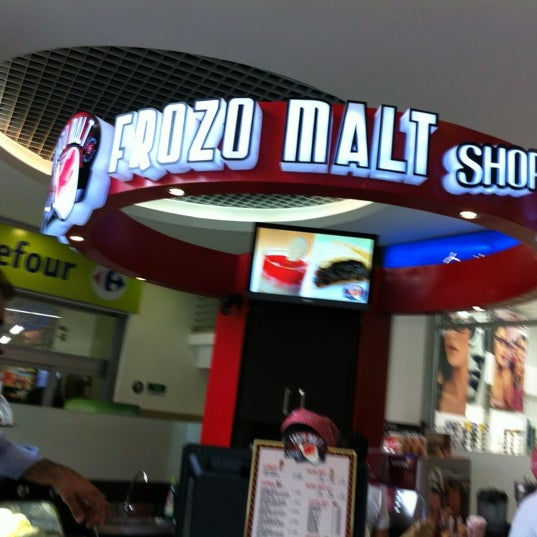 Photo taken at Frozo Malt Shop by Shirley A. on 4/22/2012