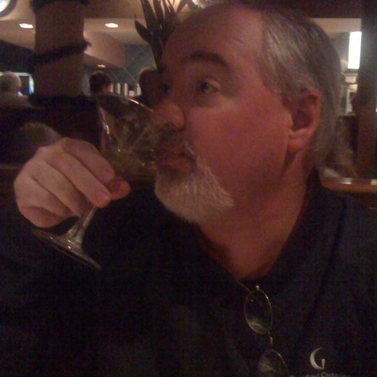 Photo taken at Carrabba's Italian Grill by Kristina L. on 12/27/2010