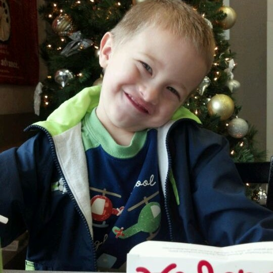 Photo taken at Chick-fil-A by Devin H. on 12/15/2011