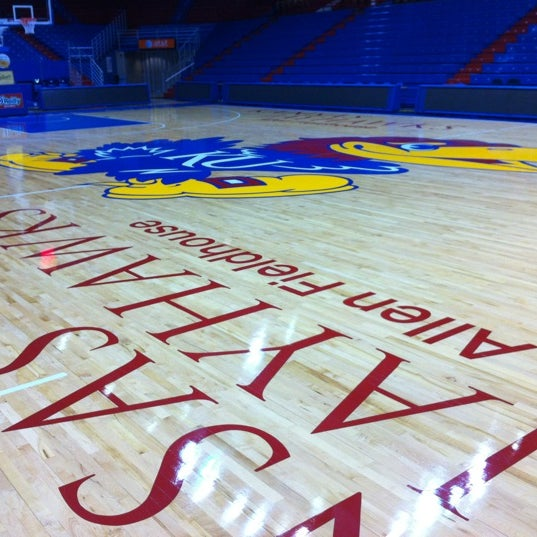 Photo taken at Allen Fieldhouse by Kalis on 11/25/2011