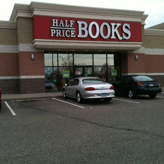Half Price Books Bookstore In Maplewood