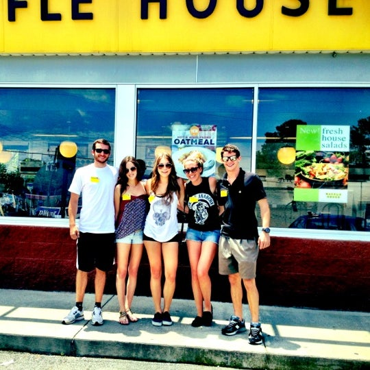 Photo taken at Waffle House by DB on 6/12/2012