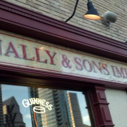 Photo taken at Fadó Irish Pub & Restaurant by Tammy L. on 1/11/2012
