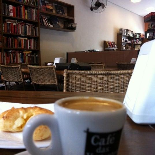 Photo taken at Café Book by Rodrigo P. on 11/21/2011