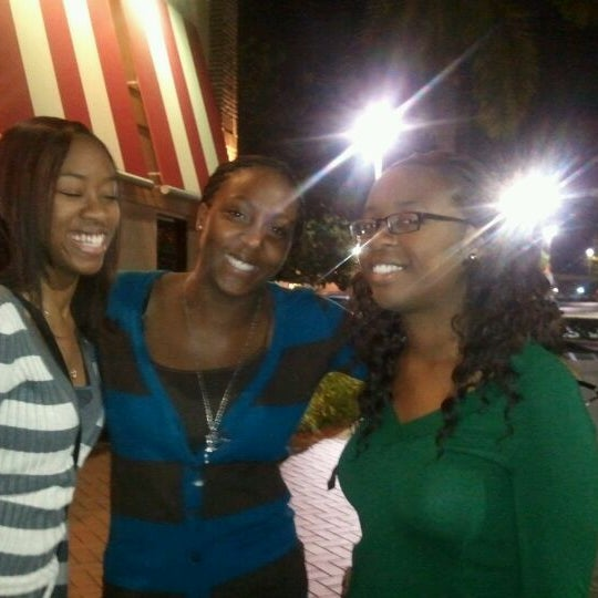 Photo taken at TGI Fridays by LaToya R. on 1/7/2012