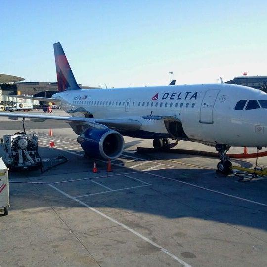 Photo taken at Terminal 3 by Jesus Q. on 1/7/2012