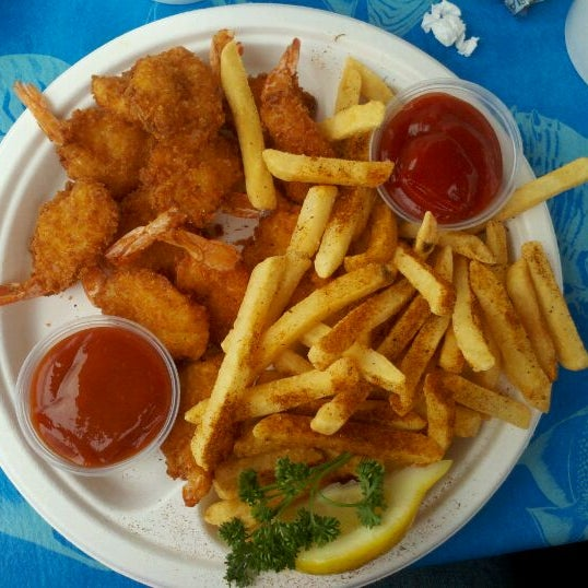 Harbor fish cafe 21 tips for Best fish and chips in san diego