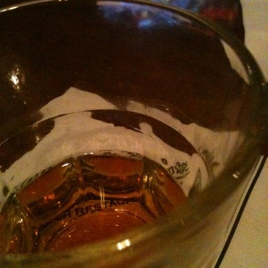 Photo taken at The Lion & Rose British Restaurant & Pub by Le L. on 7/1/2012