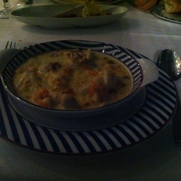 Le fameux gratin de filets de sole aux crevettes. Miam!