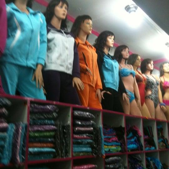 Foto tomada en Gamarra por Karin Liliana L. el 8/1/2012